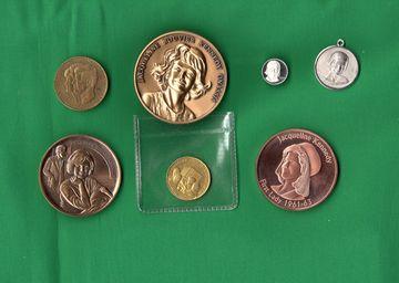 jackie medal2.jpg